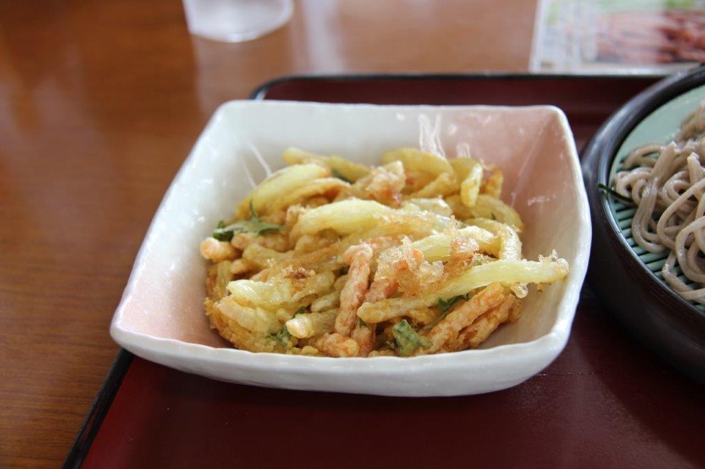 プレミアムかき揚げは単品¥240で注文可能です。
