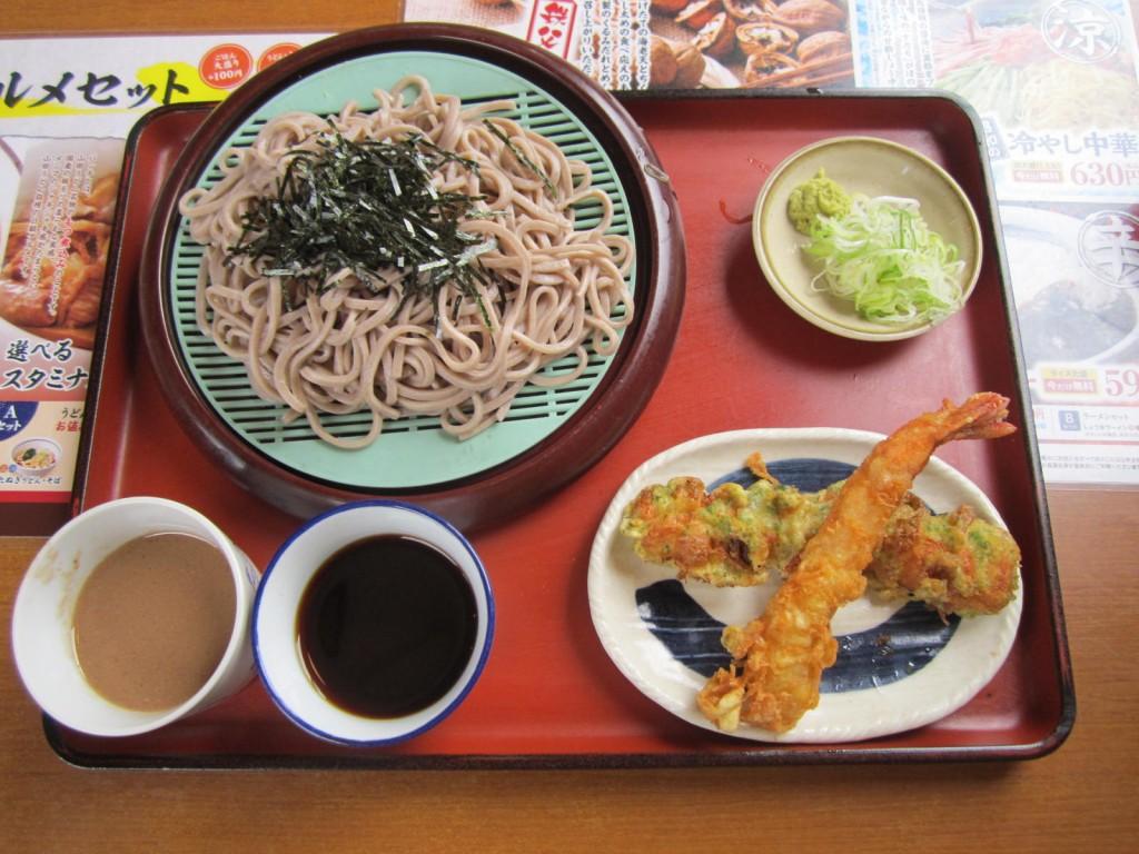 天ぷら美味しかった~!くるみだれ田舎そばです。